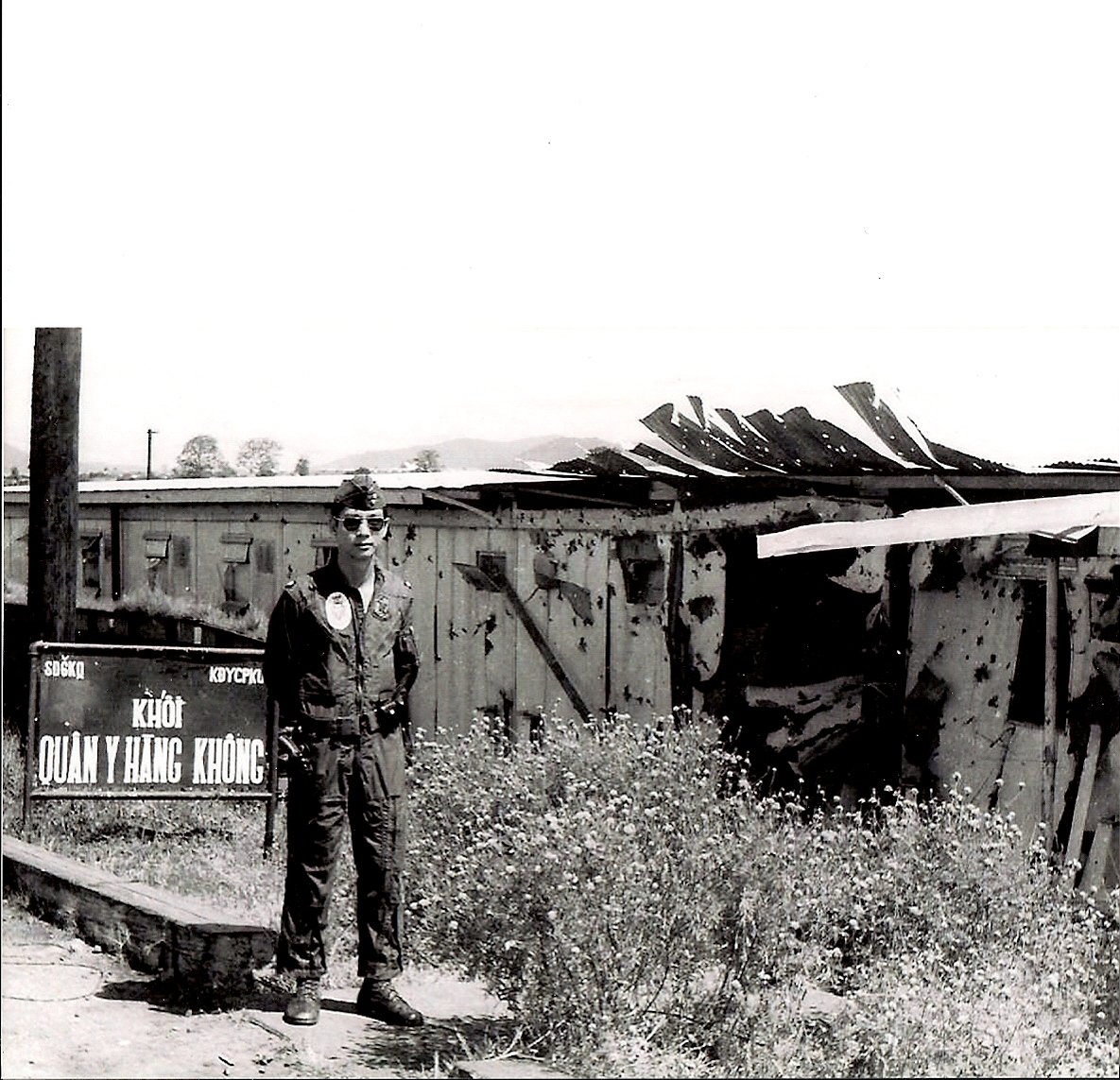 Bệnh xá KQ Pleiku/SĐ6KQ bị trúng hỏa tiễn 122ly, 1973